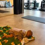 【福岡南区店】トレーニング横目に赤ちゃんもすやすや