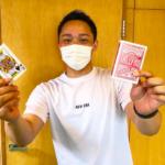 トランプマジックが得意な山田トレーナー@福岡パーソナルジム