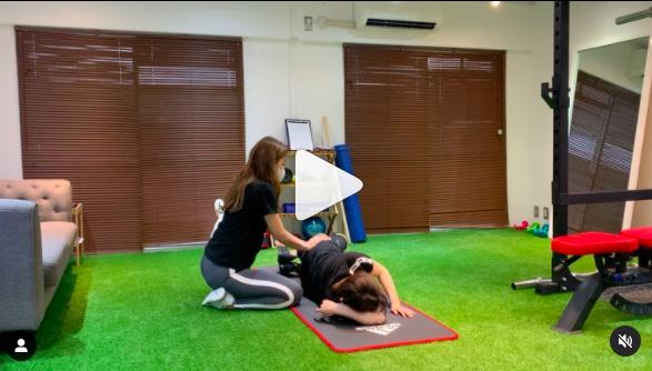 お尻のトレーニングといえばクラムシェル、パーソナルだからこそ効率的に追い込めます